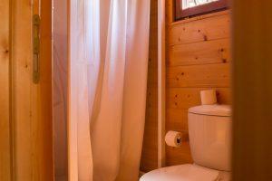 cabin alentejo bathroom